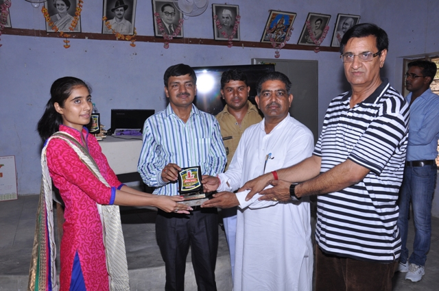 Jyoti sihag ( Aaj Tak News Chanel Selected ) Honoured by Chief Guests